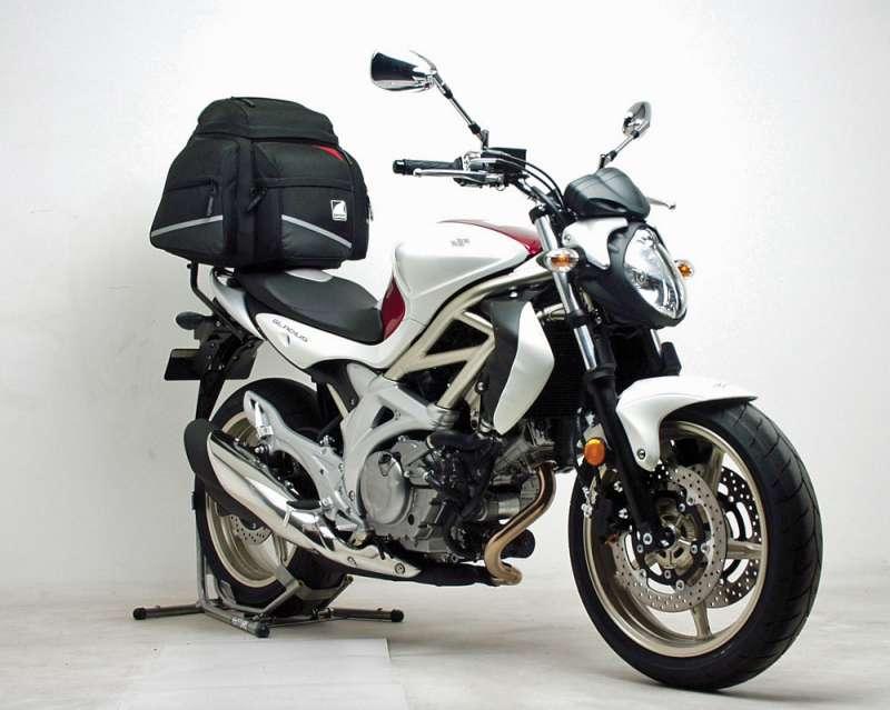 SuzukiGladius650HebohkanPRJ2.jpg